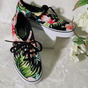 Vans  woman  shoes size 7